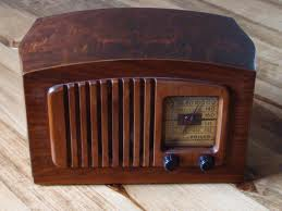 20131220145745-radio.jpg
